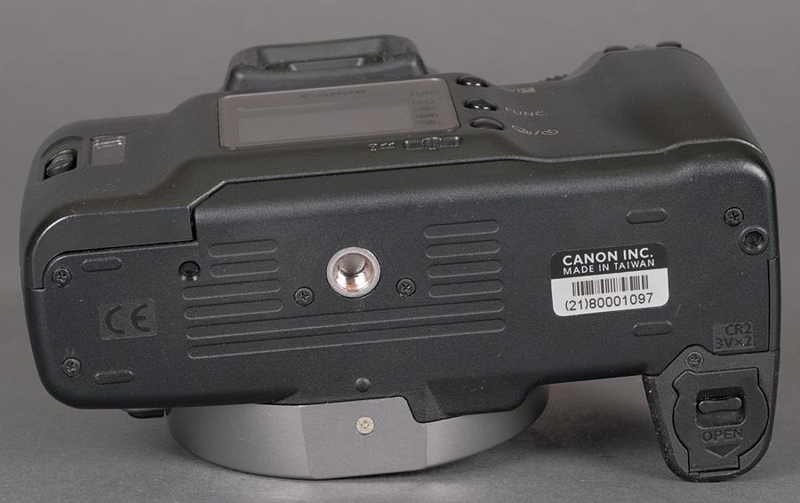 Canon 35mm Slr Body Rebel K2 W  Battery Pack Pb